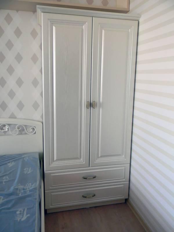 Белый шкаф в спальню фото
