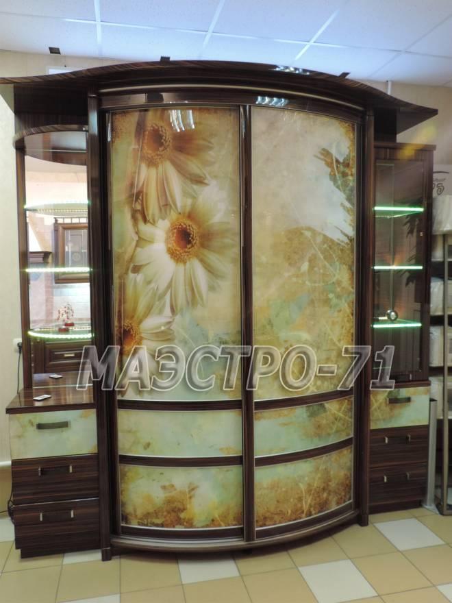 Радиусные шкафы-купе на заказ в туле от дизайн-студии маэстр.